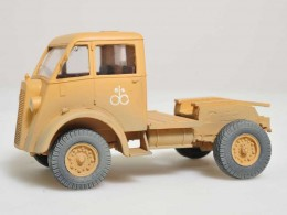COMMER Q2 TRACTOR