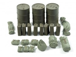 BARRELS, CANISTERS, BAGGAGE - USA