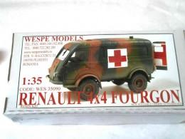 RENAULT 4x4 FOURGON